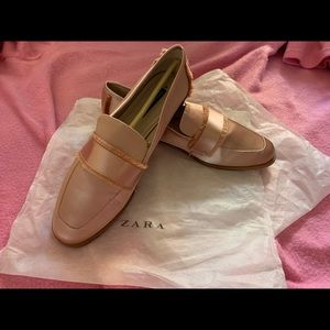 Gorgeous champagne pink loafers